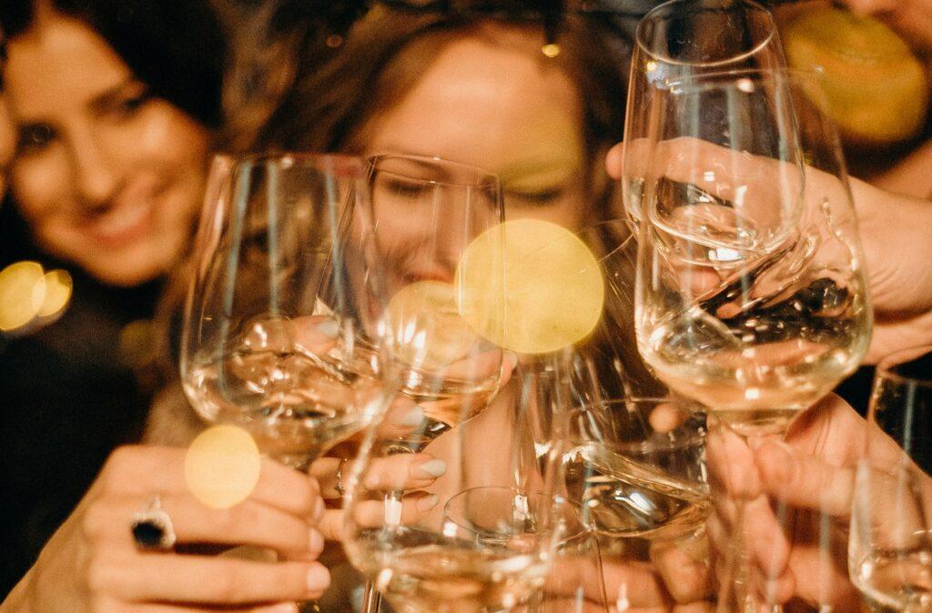 vin blanc pour l'apéro